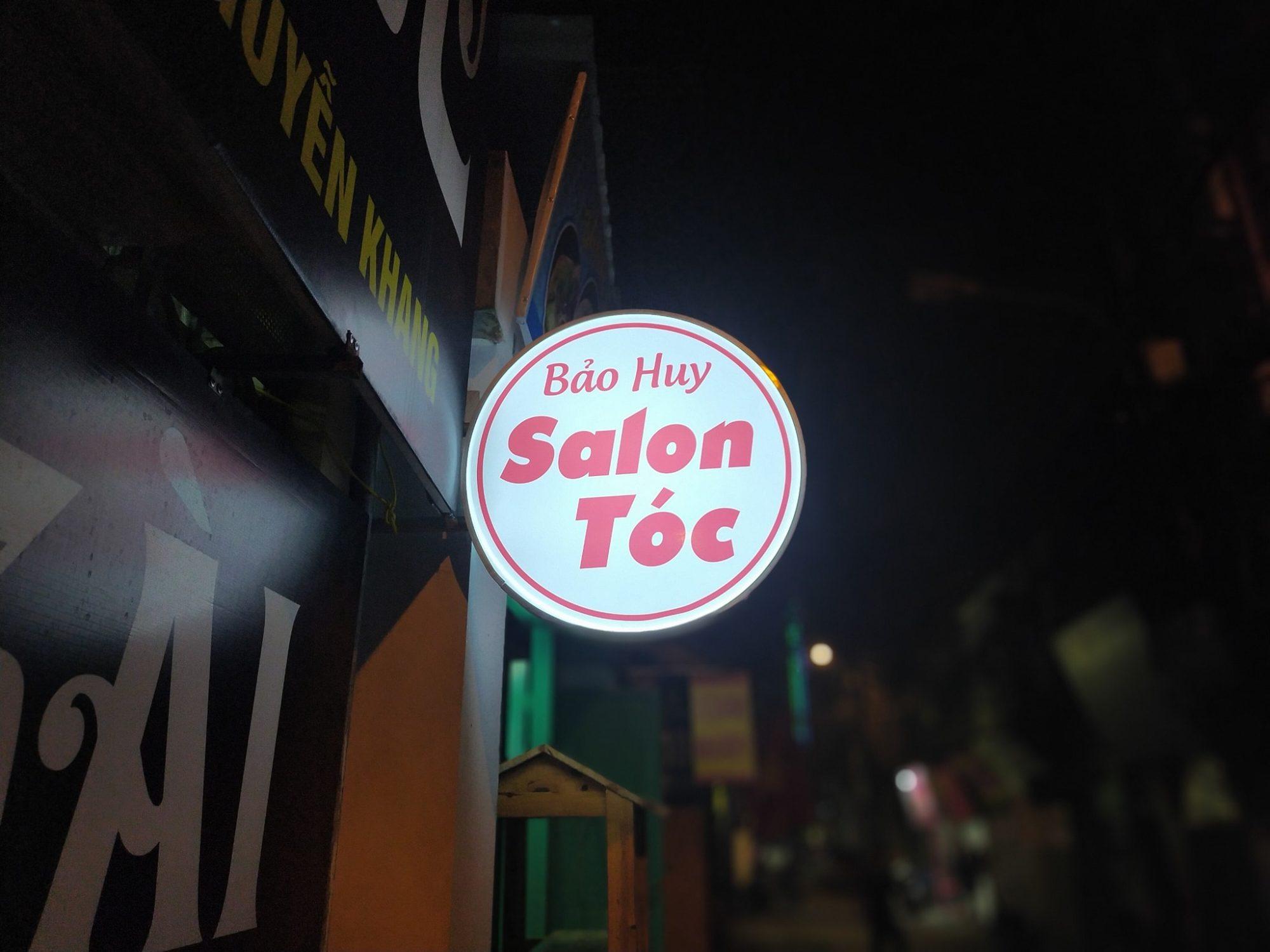 Làm hộp đèn mica giá rẻ ở Đà Nẵng